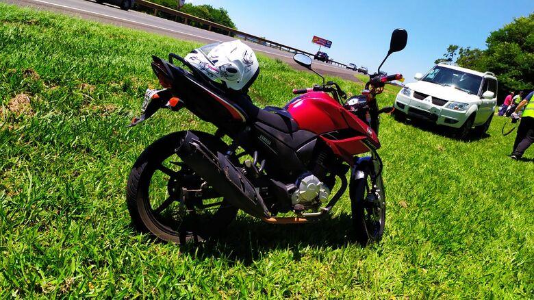 Moto e Pajero que se envolveram em um dos acidentes - Crédito: Maycon Maximino