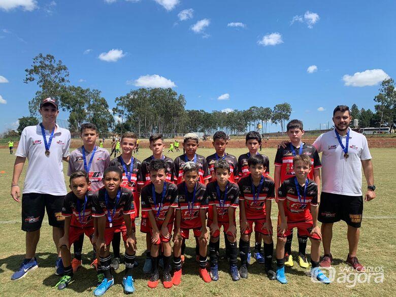 Equipe sub11 do Multi Esporte/La Salle participa de torneio em Araraquara - Crédito: Divulgação