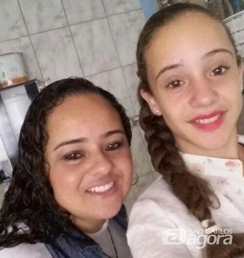 Tayná com a sua mãe, Elisângela - Crédito: Divulgação