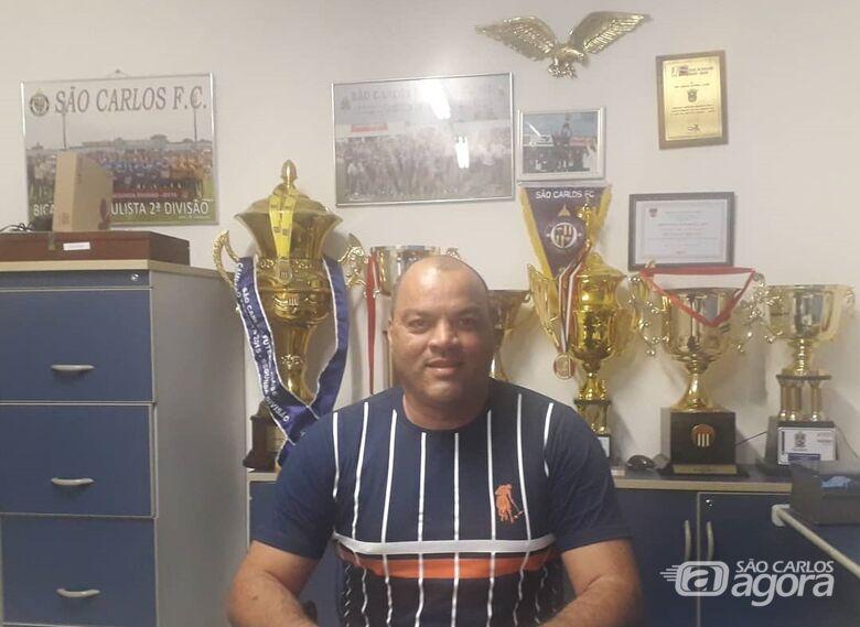 Boldrin salienta que os já contratados treinam e que procura reforços para o time - Crédito: Marcos Escrivani