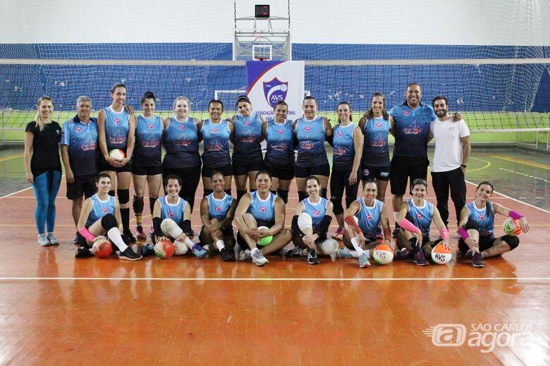 A equipe de vôlei feminino manteve a base de 2019 e promete brigar por títulos este ano - Crédito: Marcos Escrivani
