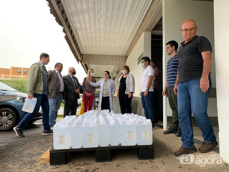 IFSP doa 400 litros de álcool glicerinado para o Hospital Universitário - Crédito: Divulgação