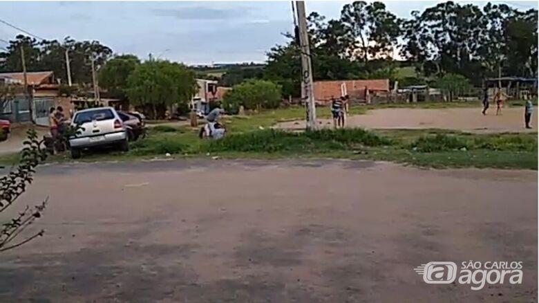 Moradores ignoram recomendações de isolamento no Cidade Aracy - Crédito: Reprodução