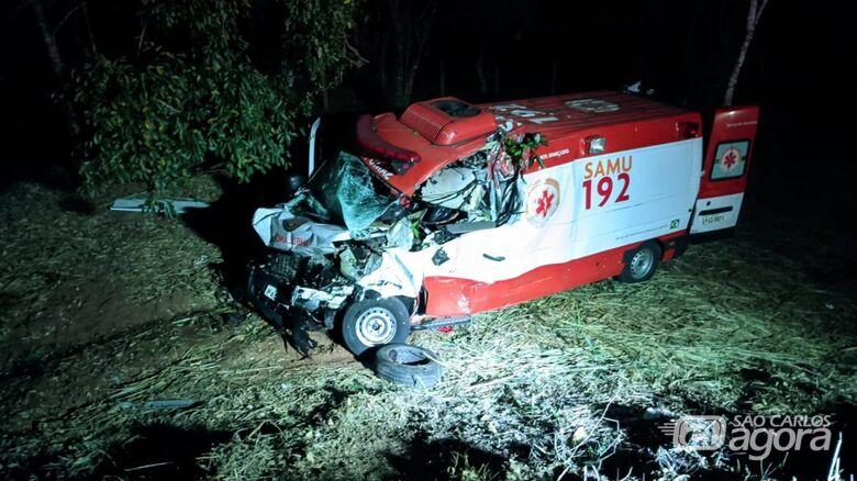 Equipe do Samu se envolve em grave acidente na região - Crédito: Repórter Beto Ribeiro