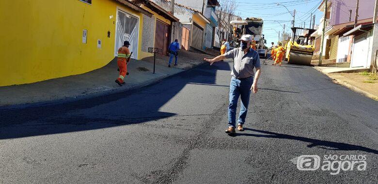 Prefeito acompanha inicio das obras de recape no Tortorelli - Crédito: Divulgação/PMSC
