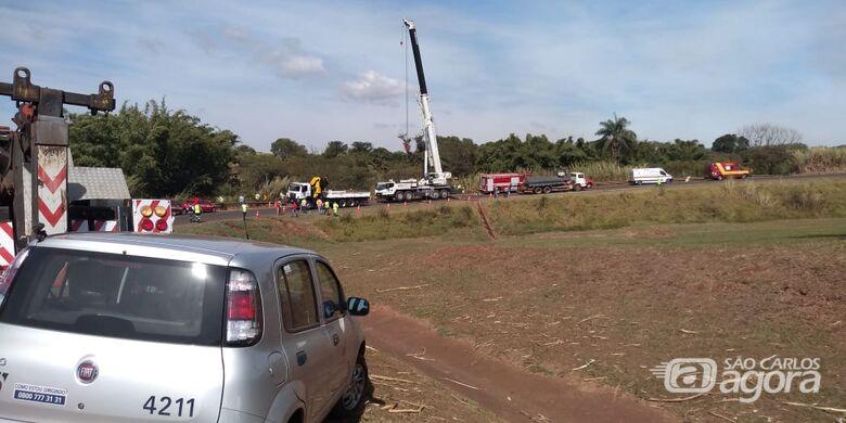 Caminhoneiro morre em grave acidente na região - Crédito: Araraquara 24 horas