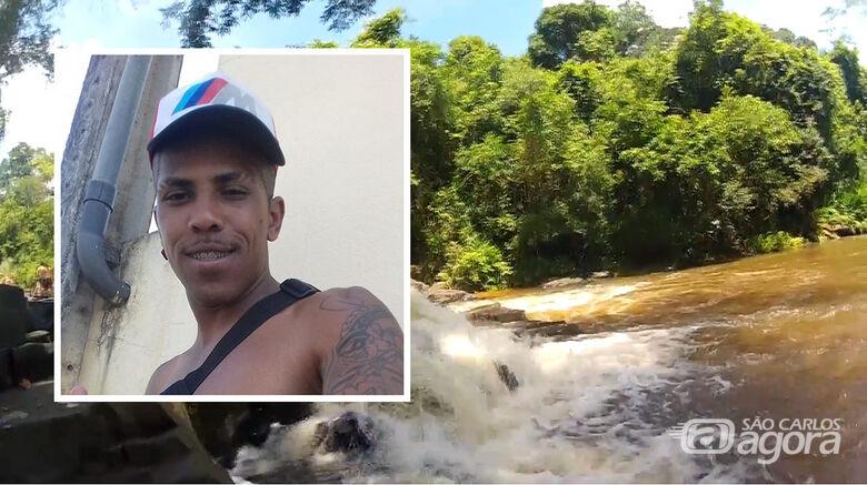 Bombeiros fazem buscas, mas não encontram jovem que desapareceu em cachoeira - Crédito: Arquivo pessoal