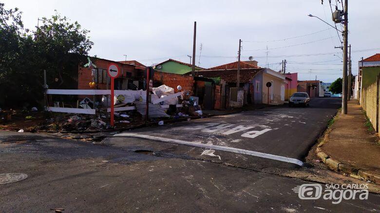 Rua João Cozza, no Jardim Botafogo, palco do sétimo homicídio em São Carlos - Crédito: Maycon Maximino