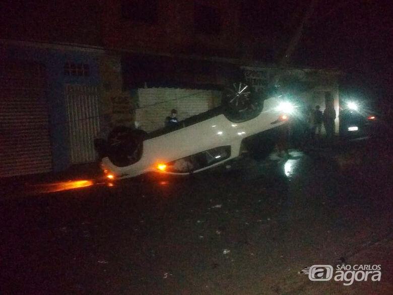 Ladrão capotou picape após furto no Antenor Garcia - Crédito: Colaboradora/SCA