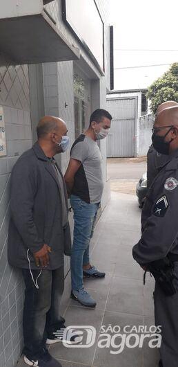 Ex-Jogador, Piá é flagrado tentando furtar envelopes bancários na região - Crédito: Rápido no Ar