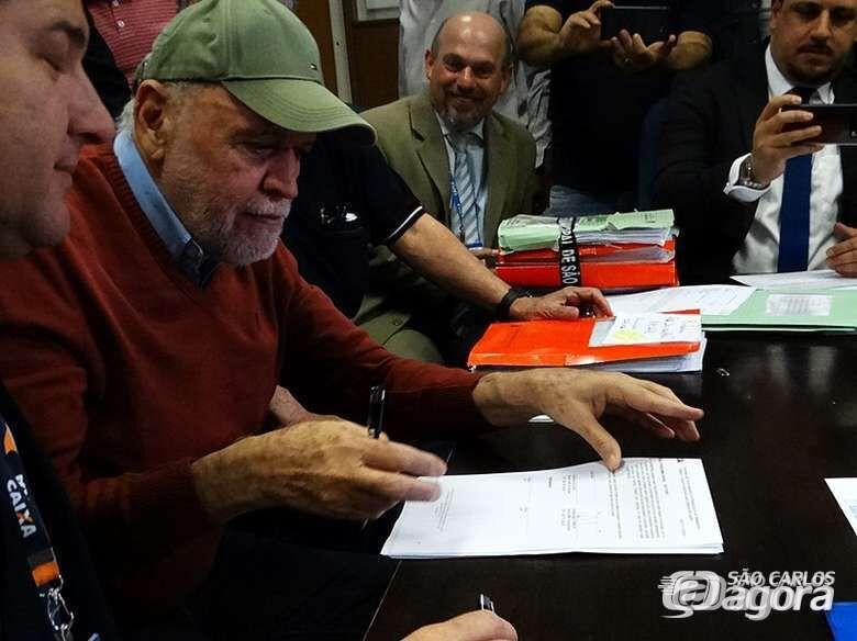 Prefeito Airton Garcia garante pagamento do 14º salário aos servidores públicos - Crédito: Divulgação