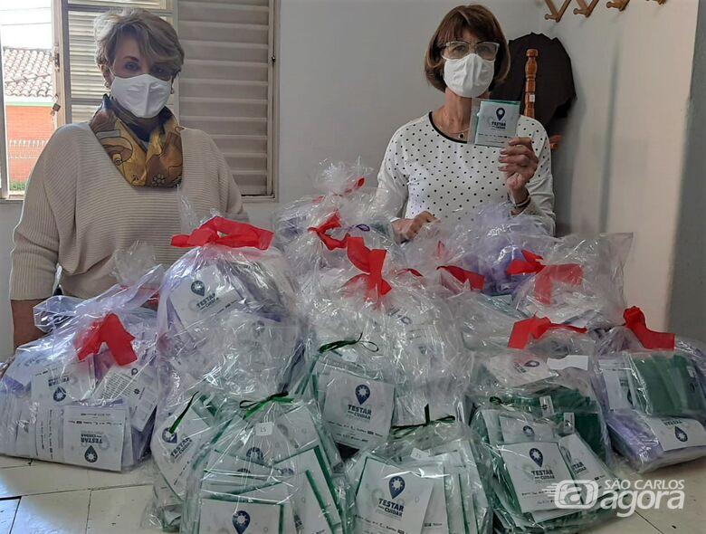 Grupo de Voluntários da Santa Casa confeccionaram máscaras entregues aos participantes do Testar para Cuidar - Crédito: Divulgação