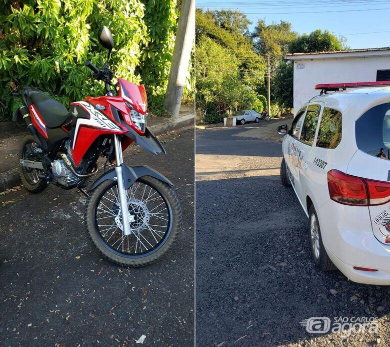 PM de Araraquara recupera moto roubada no Centro de São Carlos - Crédito: Colaborador/SCA