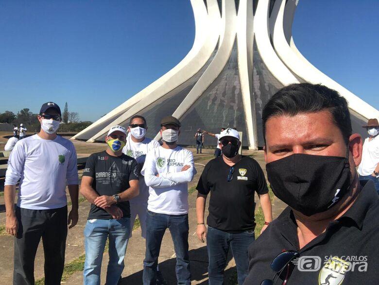 """Proprietário do C.A.T.E. VALENTI participa do """"Movimento Pró-Armas"""" em Brasília - Crédito: Divulgação"""