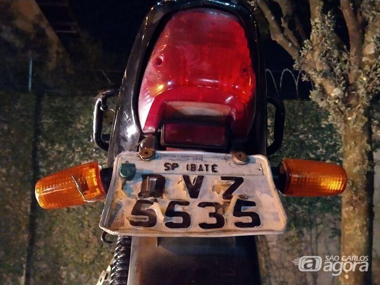 Jovem pilotava moto adulterada no São João Batista - Crédito: Luciano Lopes/São Carlos Agora