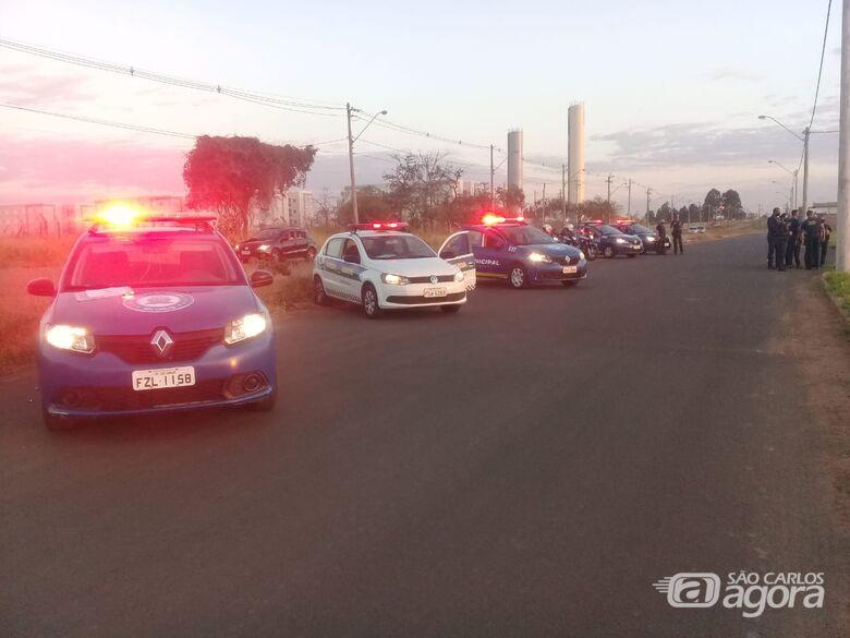 Guarda Municipal acaba com bagunça e leva sossego a moradores do Embaré -
