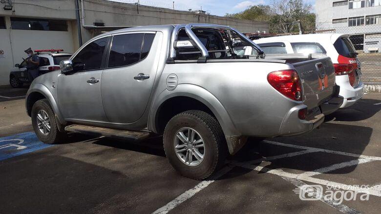 Adolescente é detido após roubar caminhonete no Douradinho - Crédito: Luciano Lopes e divulgação