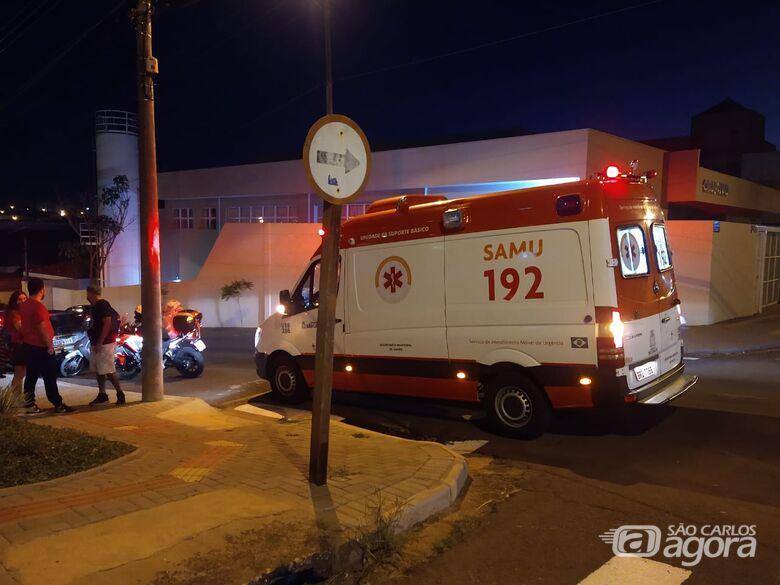 Acidente entre duas motos deixa jovem ferido no Centro - Crédito: Luciano Lopes