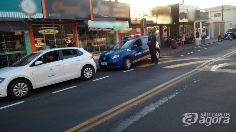 Guarda Municipal e fiscalização durante operação na avenida Sallum - Crédito: Divulgação