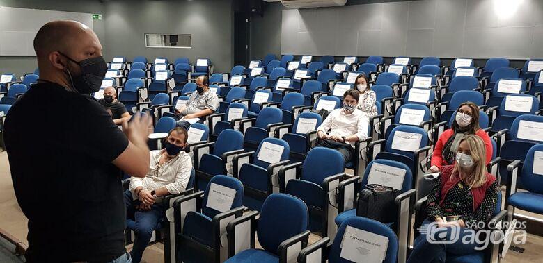 Reuniu no paço municipal definiu o horário de funcionamento - Crédito: Divulgação