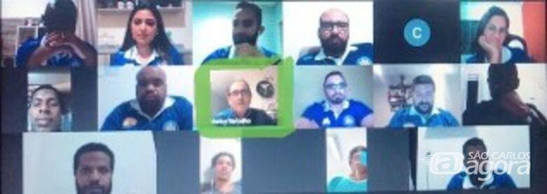 Muricy Ramalho dá conselhos em teleconferência do Grêmio São-carlense - Crédito: Divulgação