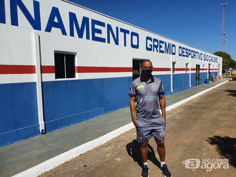 Marcus Vinícius, no CT do Grêmio: expectativa pela videoconferência - Crédito: Marcos Escrivani