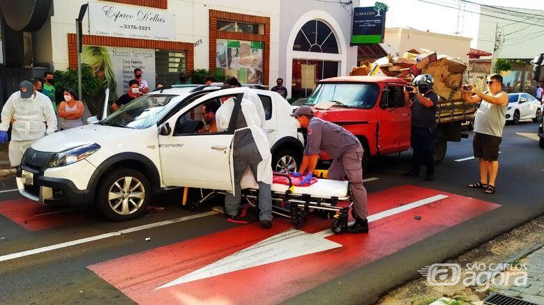 Engavetamento deixa dois feridos no Centro - Crédito: Maycon Maximino/São Carlos Agora