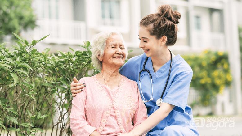 Inscrições abertas para o curso de cuidador de idosos com isenção na taxa de matrícula somente hoje - Crédito: Divulgação