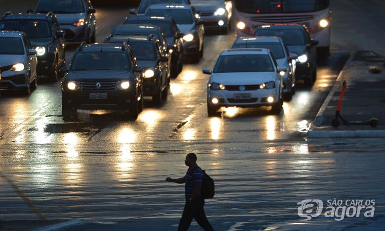 Câmara aprova alterações no Código de Trânsito; carteira de motorista terá validade maior - Crédito: Agência Brasil