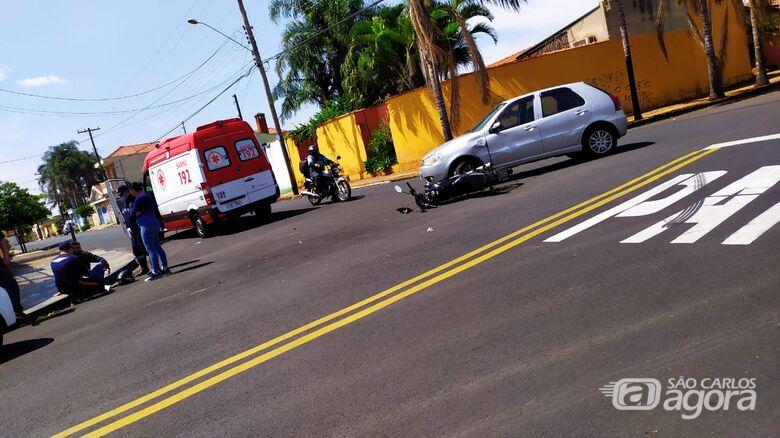 Durante conversão carro e moto colidem no Tangará - Crédito: Maycon Maximino