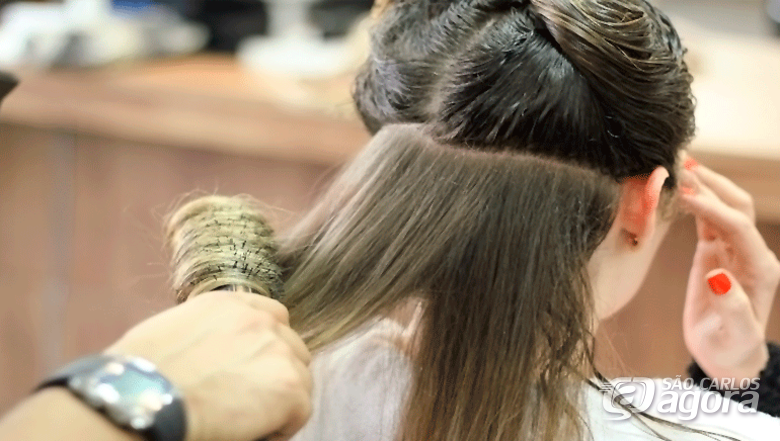 Matrículas abertas para o curso de auxiliar de cabeleireiro no Instituto 7 de Setembro - Crédito: Divulgação