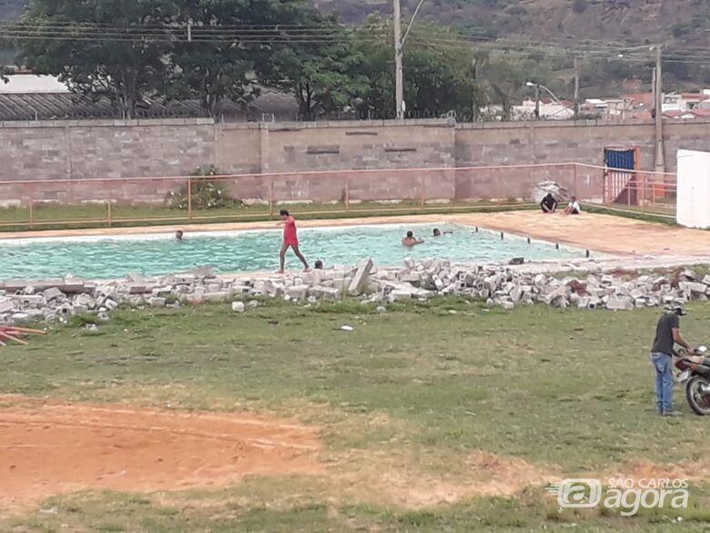 Prefeitura decide esvaziar piscina do Centro da Juventude do Aracy - Crédito: Divulgação