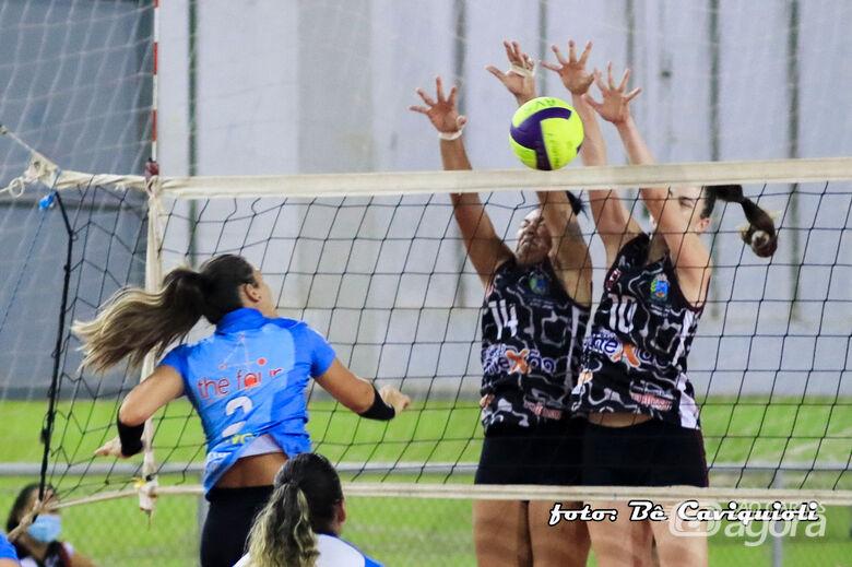 Araraquara surpreende Objetivo/InHouse/Smec na APV e conquista a vitória em São Carlos - Crédito: Be Caviquioli