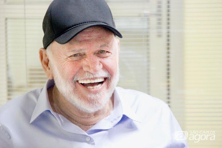 Airton Garcia foi reeleito prefeito de São Carlos - Crédito: Arquivo Pessoal
