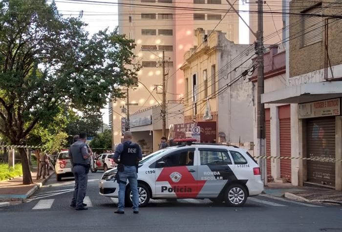 Ruas da região central foram interditadas após tiroteio - Crédito: RCIA