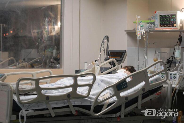 Número de internações por covid-19 aumenta em hospitais privados - Crédito: Agência Brasil