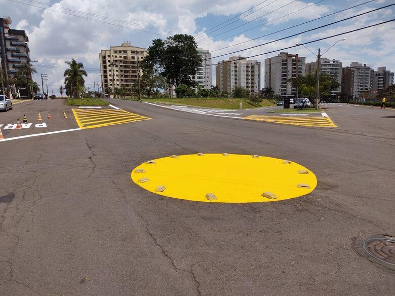 Prefeitura investe na sinalização de trânsito em vários pontos de São Carlos - Crédito: Divulgação