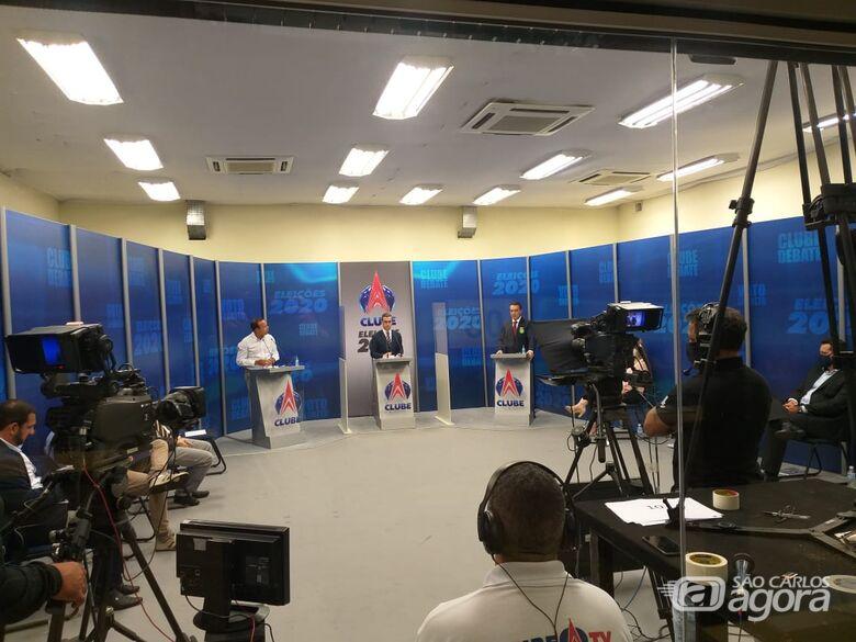 Sem Airton Garcia, debate em São Carlos reúne 11 candidatos a prefeito - Crédito: Abner Amiel