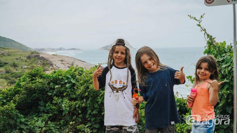 Mini atletas são-carlenses alcançam alto nível no skate em terras cariocas - Crédito: Org Produções