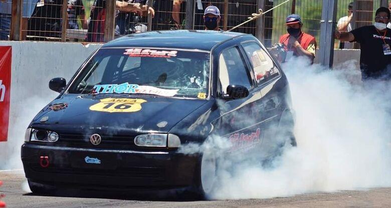 São-carlense participa de competição que reúne os carros mais rápidos do Brasil - Crédito: Divulgação