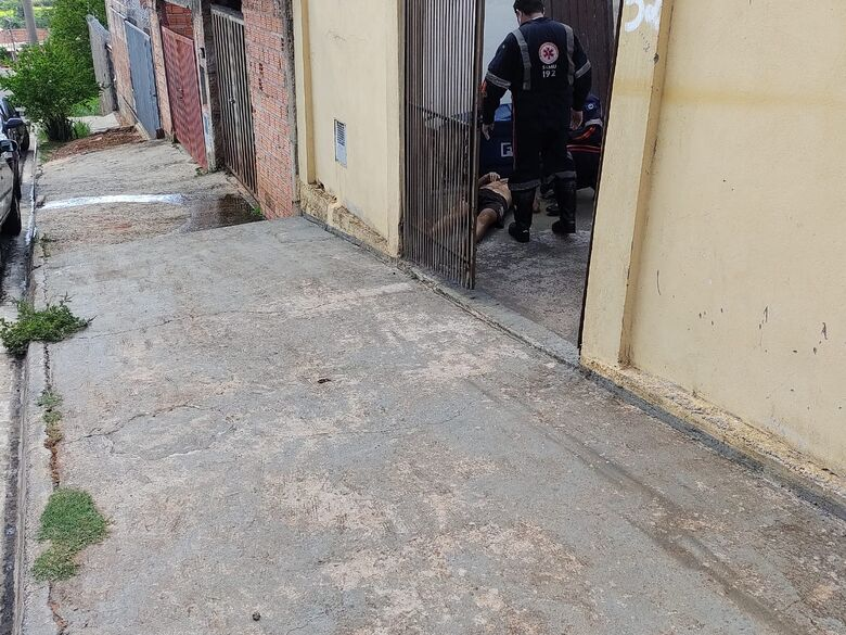 Trabalhador cai de andaime e sofre ferimentos no Prolongamento Jardim das Torres - Crédito: Maicon Ernesto