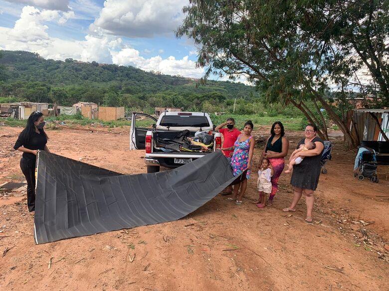 Leite Sem Fronteiras 'abraça' e atende desabrigados pela enchente em São Carlos - Crédito: Marcos Escrivani