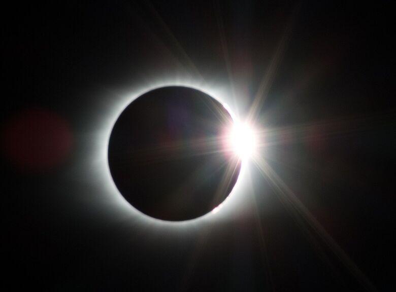 Brasil terá eclipse solar parcial hoje - Crédito: Pixabay