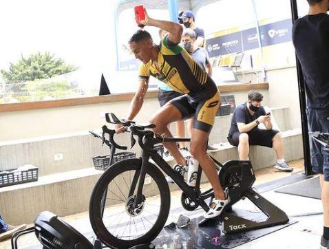Triatletas de São Carlos dominam pódio em evento realizado em São Paulo - Crédito: Divulgação