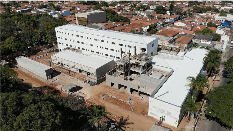 Novo hospital da Unimed que está sendo construído na Vila Nery - Crédito: Arquivo/SCA