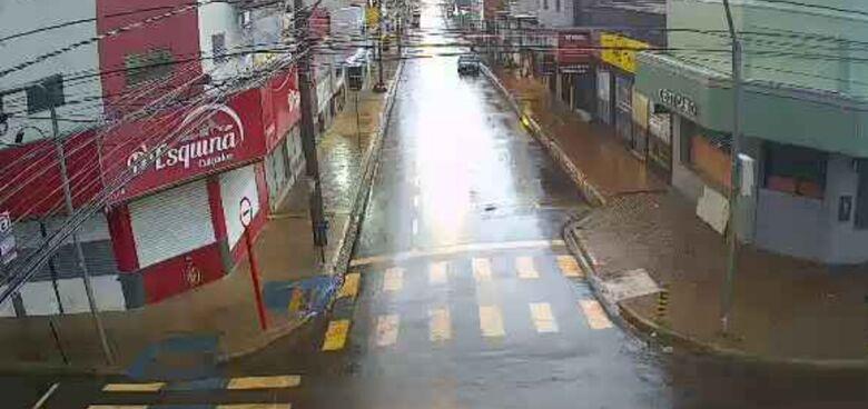 São Carlenses ficam apreensivos com possibilidade de nova enchente, mas chuva forte não causou prejuízos - Crédito: Divulgação