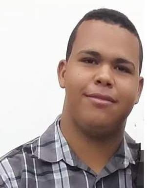 Jovem de 22 anos morreu em acidente de moto