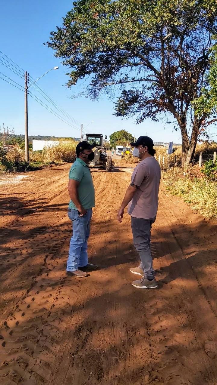 Bira acompanha manutenção nas vias do Vale Quinta da Felicidade