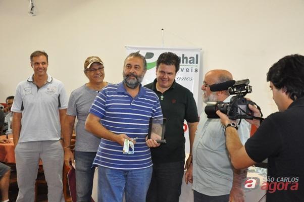 Com 16.921 pontos, o balonista Rubens Kalousdian, de São Paulo, sagrou-se campeão do 25º Campeonato Brasileiro de Balonismo, que aconteceu em São Carlos. (Foto: Divulgação)