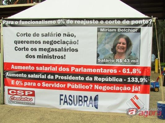 http://media.saocarlosagora.com.br/uploads/greveufscar013.jpg
